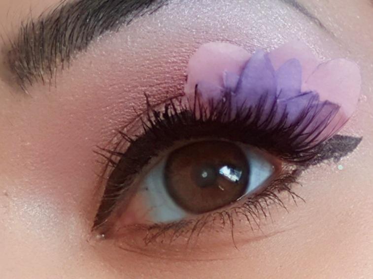 edited+flower+lash.jpg