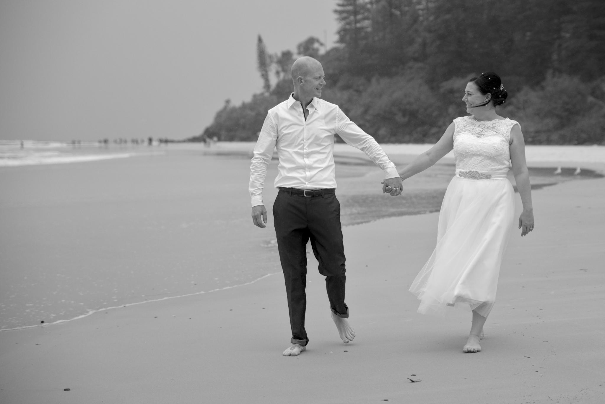 bride_groom_on_beach.jpg