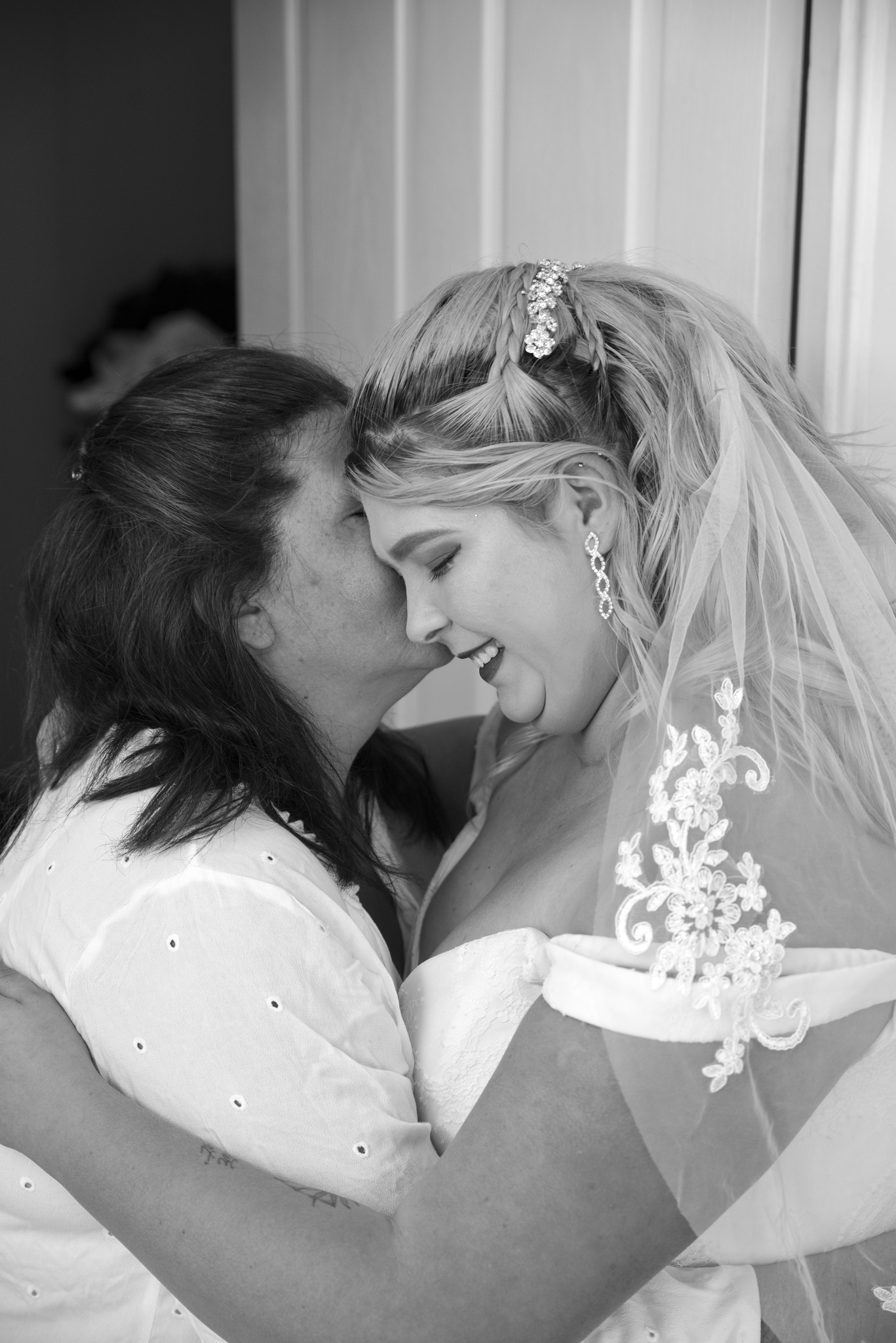 bride_and_mother_6.jpg