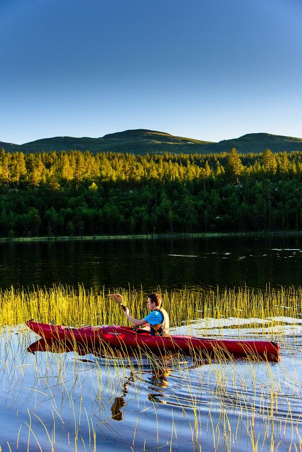 Sommer - med padling på Breidsjøen