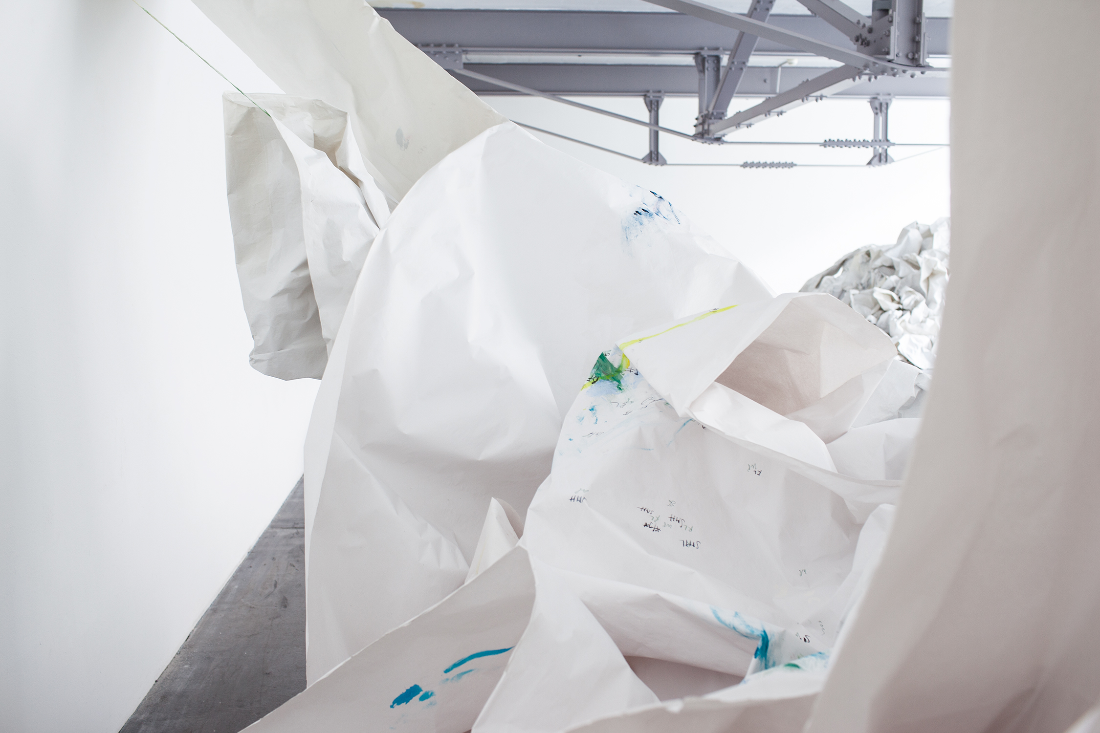 Copy of <p>Enter – Barbara Müller (installation view)</p>