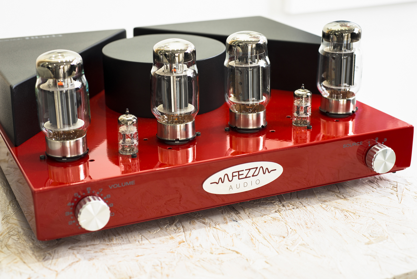 fezz-titania-valve-amplifier-001.jpg