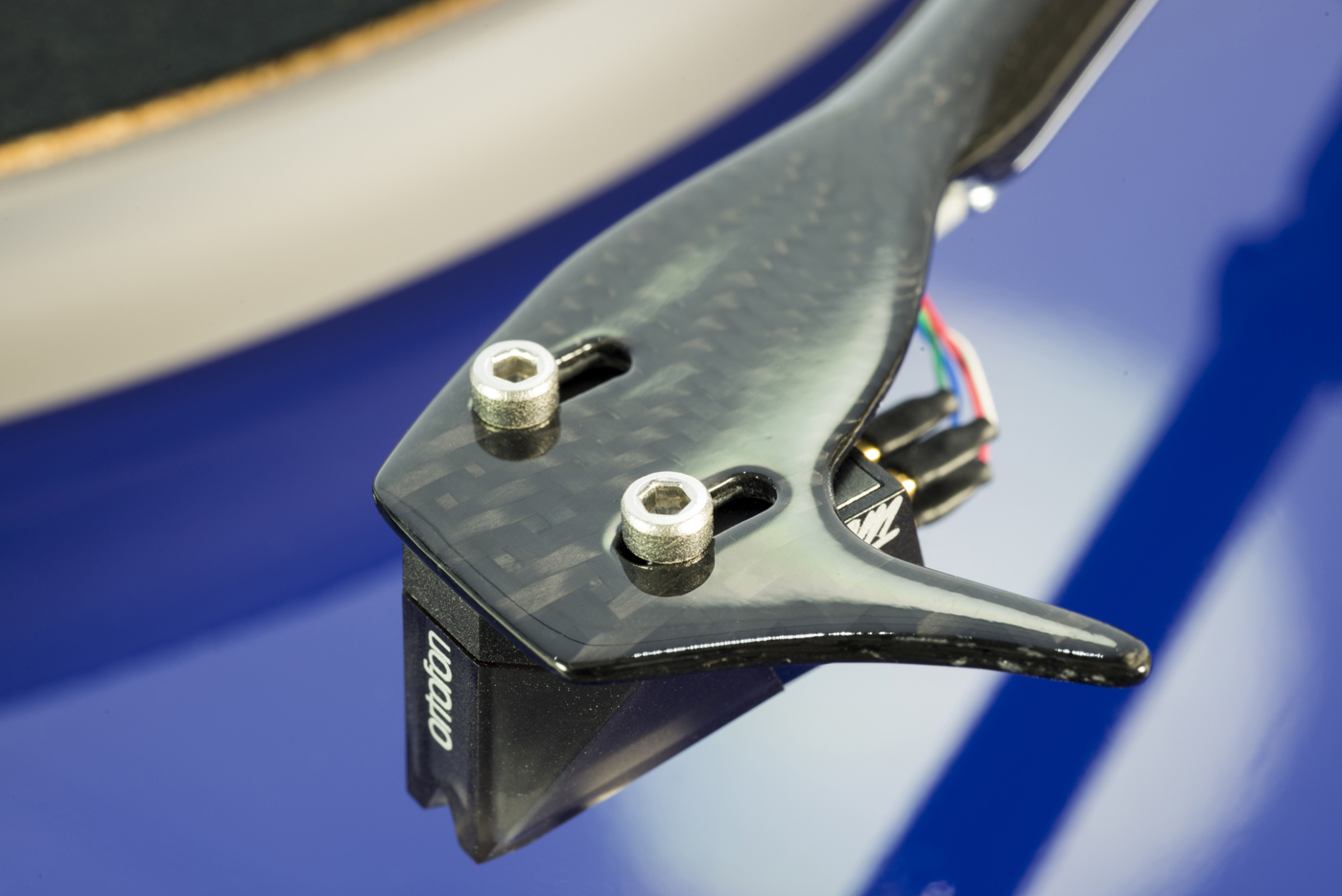 pro-ject-1-xpression-carbon-ukx-ortofon-2M-stylus-in-audio-philia-edinburgh-004.jpg