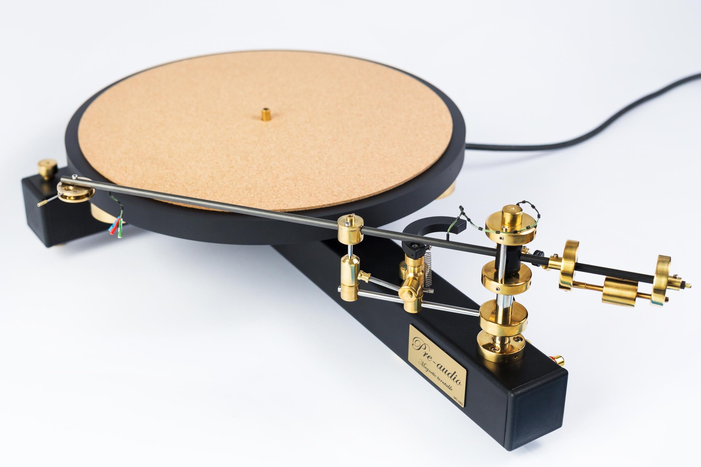 MT-1602 Turntable, Magnetic Tonearm