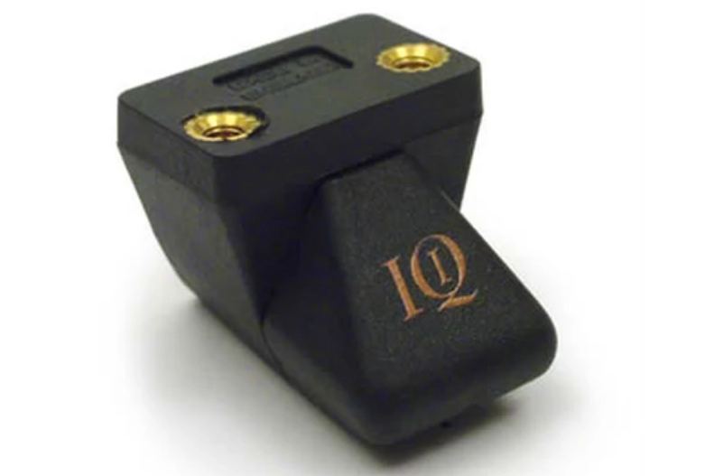 Iq-1-front.jpg