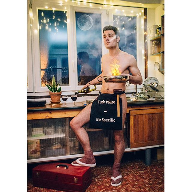 Damas nude on fire 🔥 . . . . . #studiotoïtoïtoï #onfire #ensaiofoto #delirium #pleinelune #nude #portraitphotography #portraiture #studiophoto #creativeportraits #pursuitofportraits #discoverportrait #postthepeople #peoplescreatives #thecreatorclass #portraitsmag #portraitgames #streetsdreamsmag #quietthechaos #bestportraits #portraitmood #portrait_planet #of2humans #featurecreature #createcommune #acting #performer #pose #actorslife #actorslife🎬