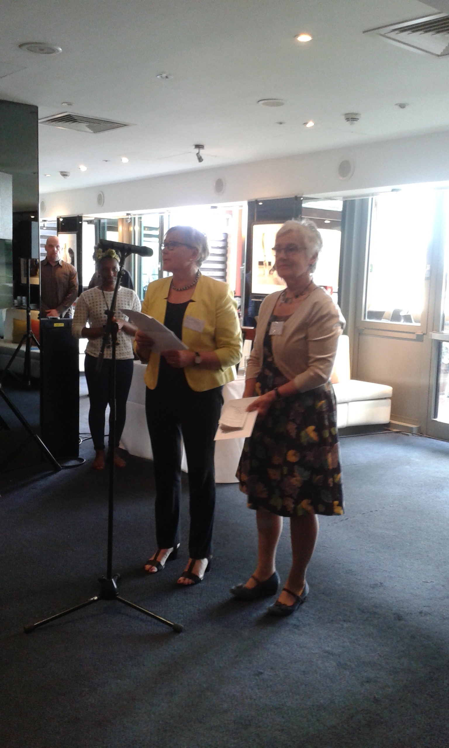 Geraldine Perriam and Seona Ford presenting the award