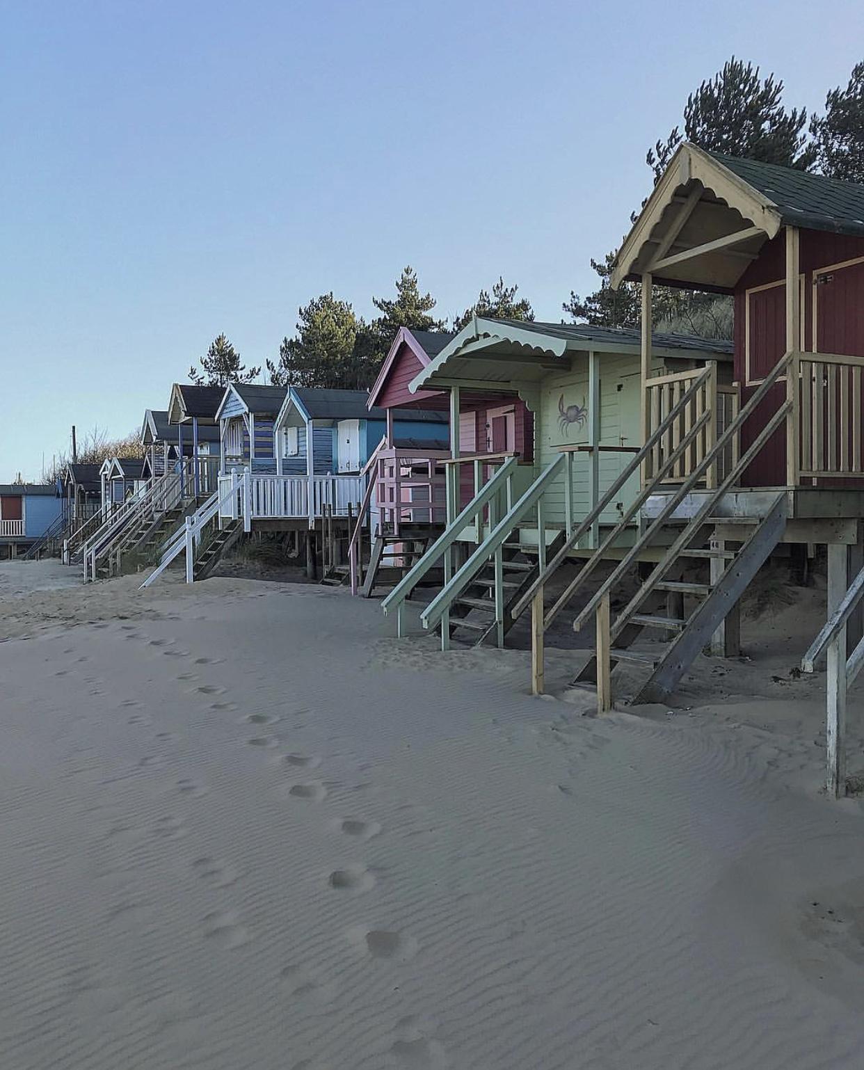 beach huts.jpeg