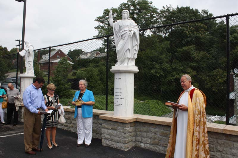 Statue Dedication.August 15.2010 047.jpg