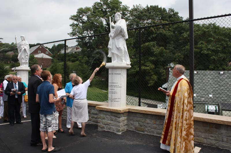Statue Dedication.August 15.2010 053.jpg