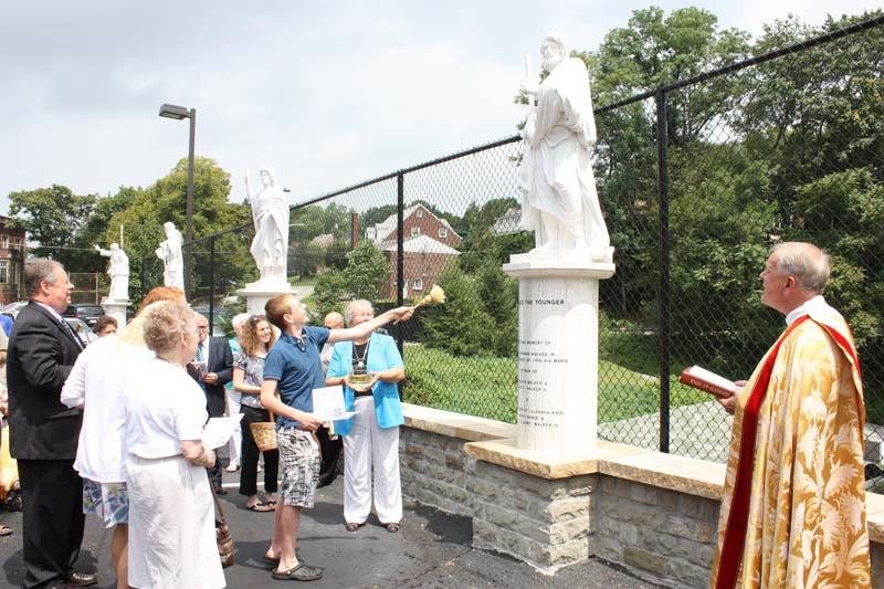 Statue Dedication.August 15.2010 057.jpg