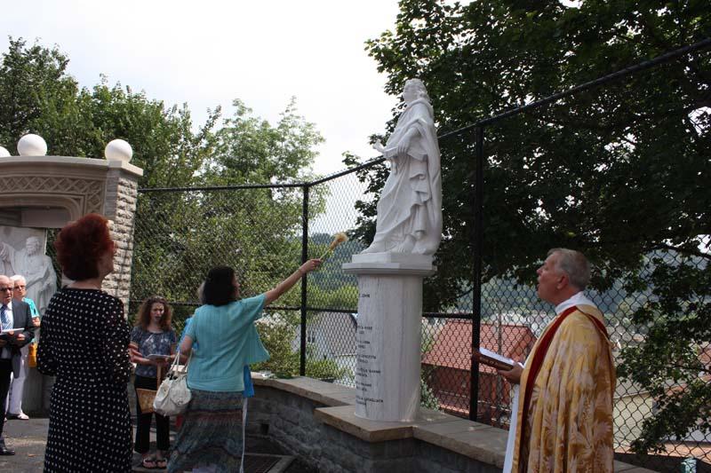 Statue Dedication.August 15.2010 085.jpg