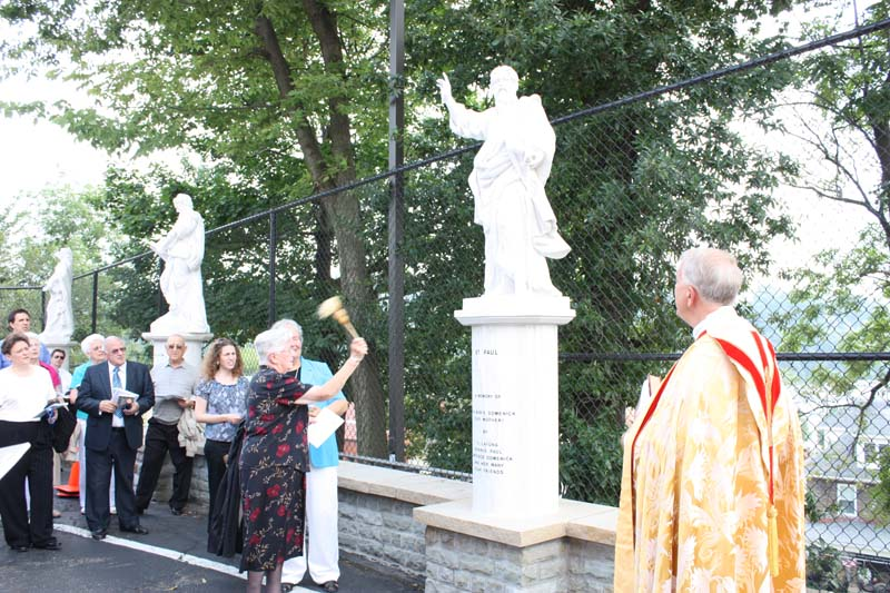 Statue Dedication.August 15.2010 091.jpg