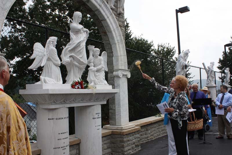 Statue Dedication.August 15.2010 102.jpg