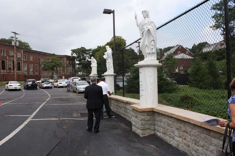 Statue Dedication.August 15.2010 216.jpg