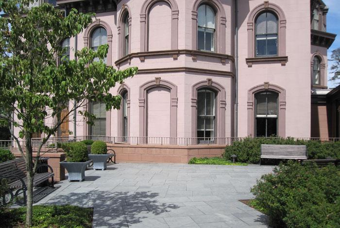New Haven Courtyard