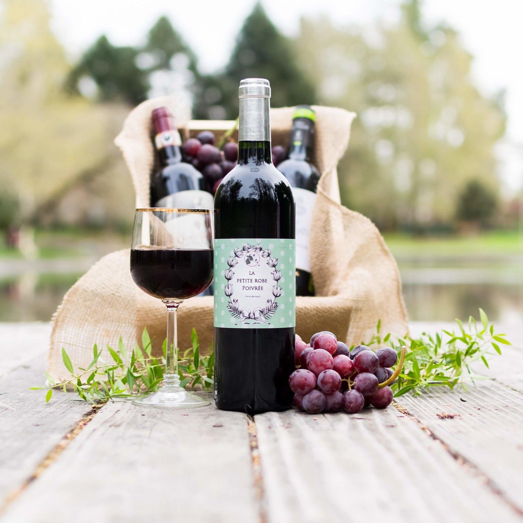 Vegan+Wines-+La+Petite+Robe+Poivree+Feature-+centered-2.jpg