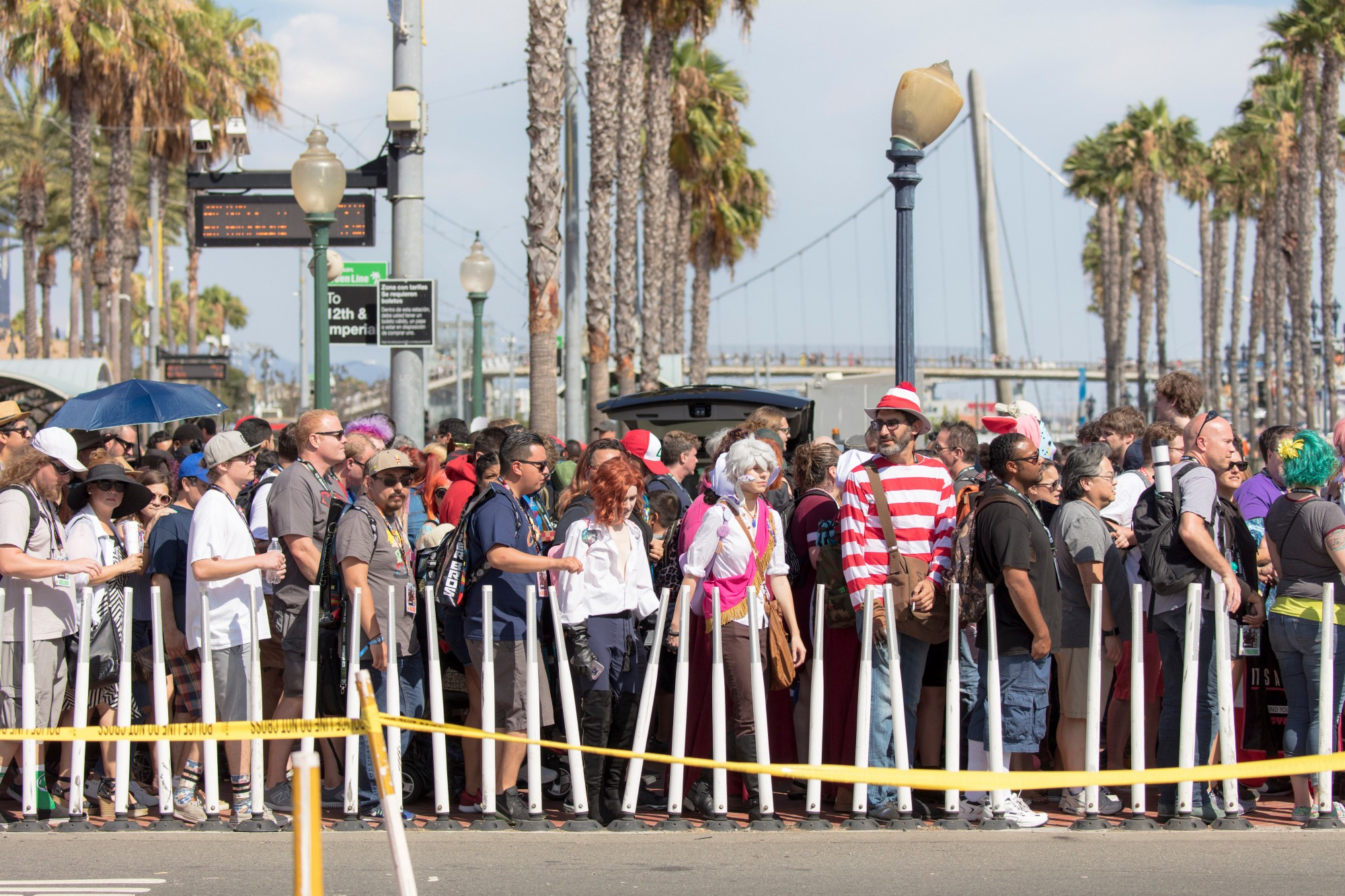 Attendees wait to cross the street at San Diego Comic-Con.  Image credit : Shutterstock