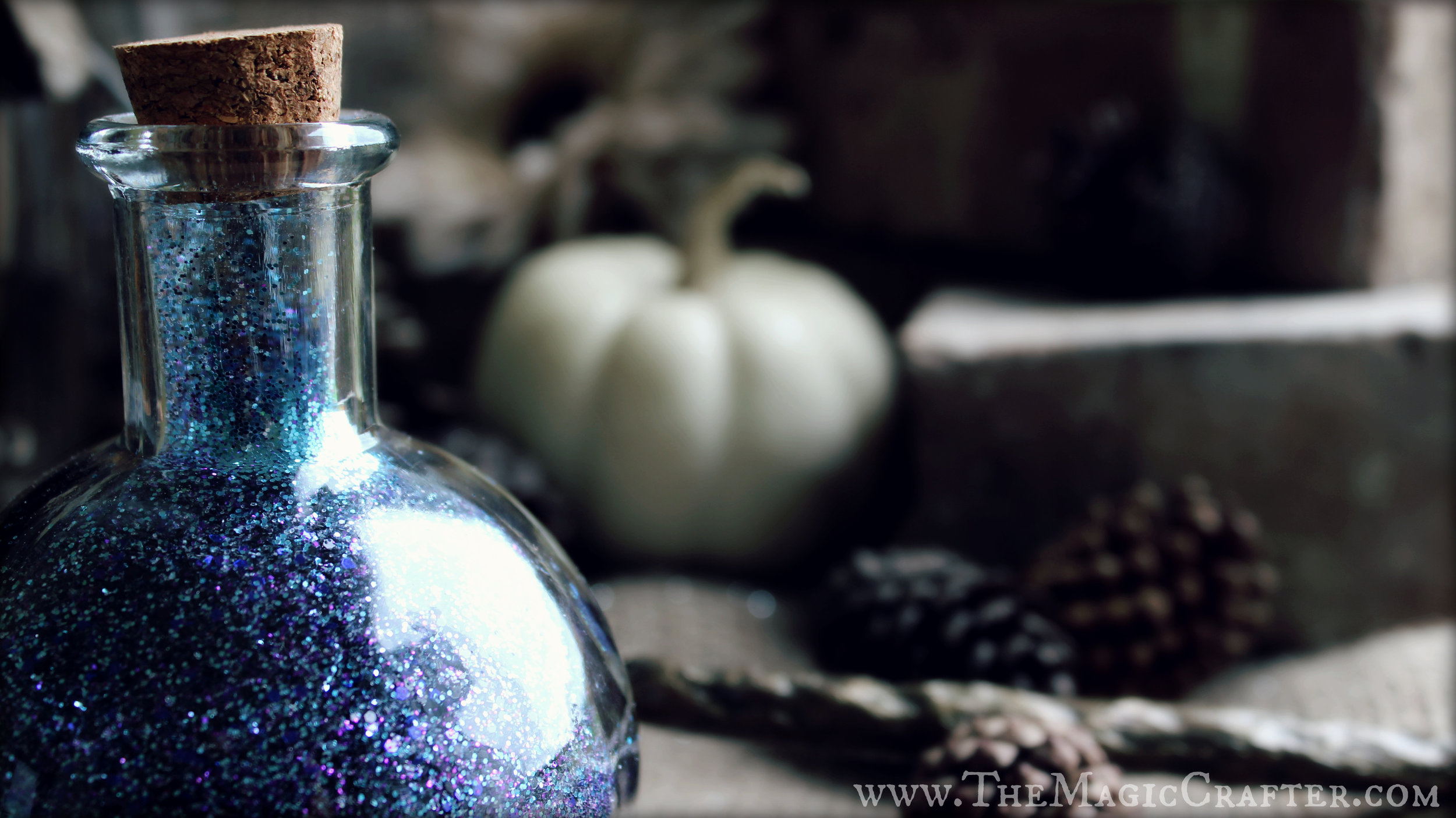 This fairydust blend is perfect for any wicked faeries or mischievous pixies out there. It can work as a costume accessory (take care with the glass!) or as an enchanting Halloween prop for the home.