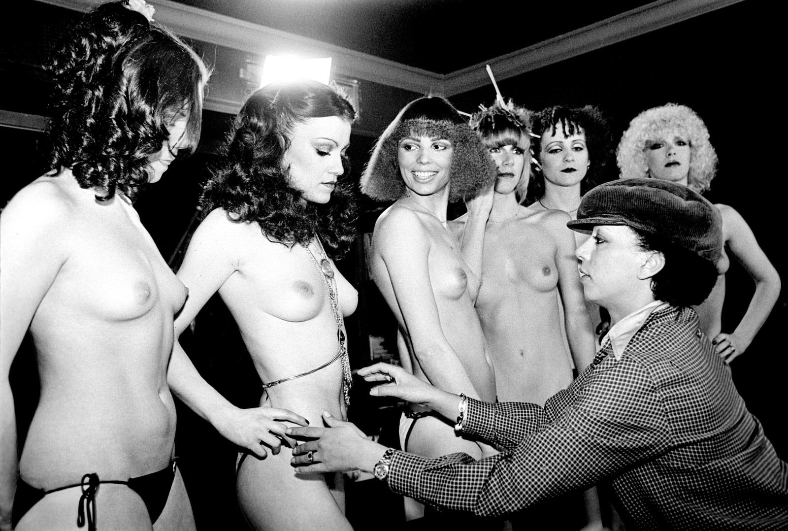 Bewerberinnen für Tanz Engagement im Crazy Horse Paris, Birdwatcher Club, 8001 Zürich, 1972