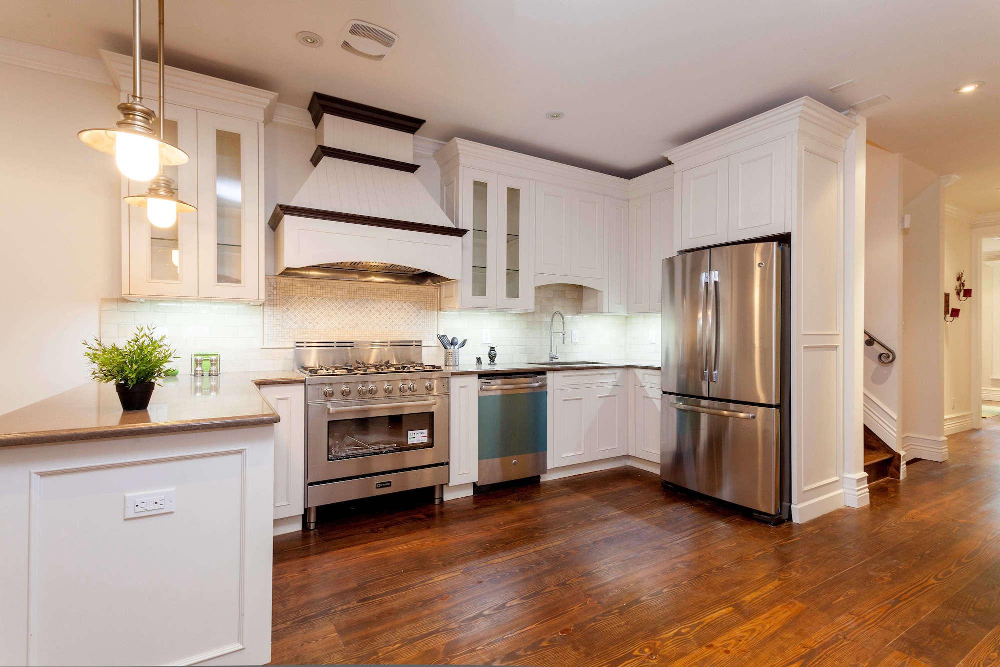 Modern kitchen in Brooklyn Brownstone