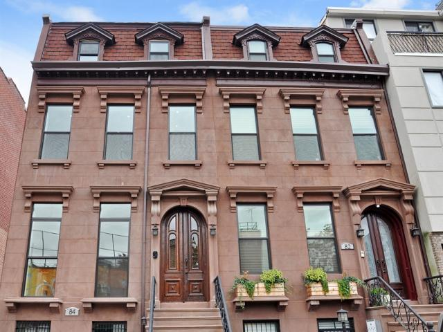 Stunning Restoration of Brooklyn Brownstone