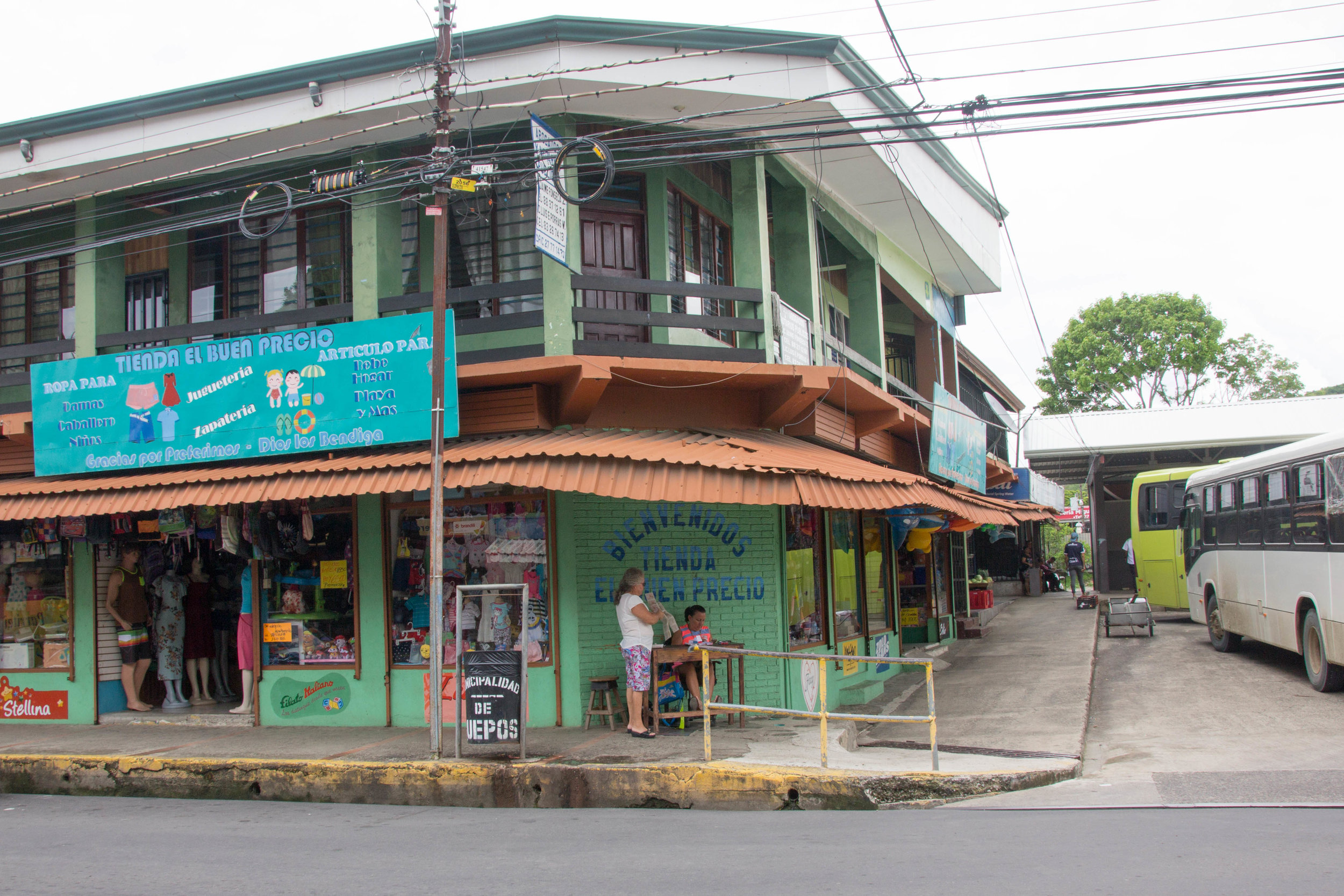 To the right of this store is the Quepos bus station. You can't miss it- it is in the middle of the town.