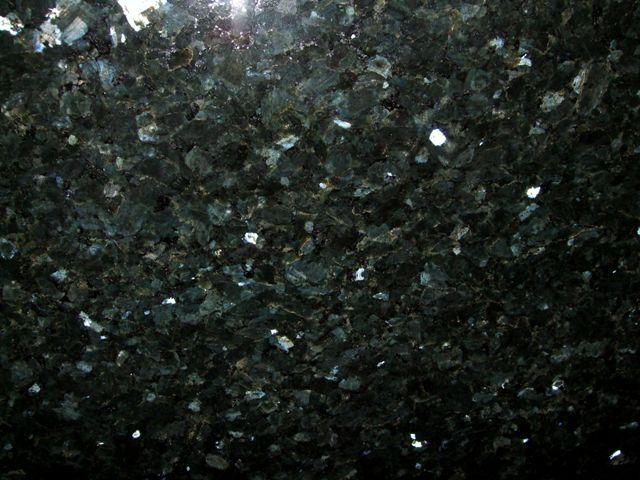 Emerald Pearl 2.00cmx.70cm
