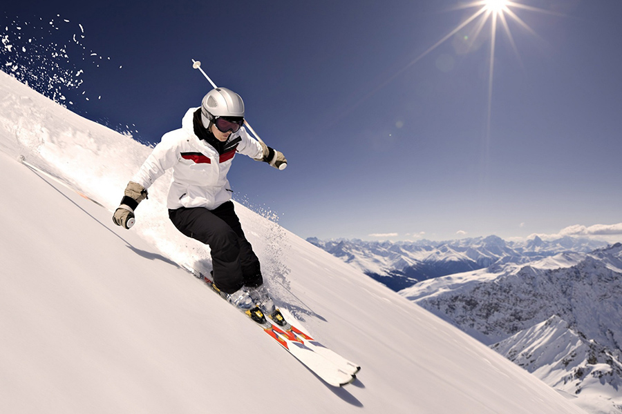 snow-ski-holiday-tours-from-sportstravel-tickets.jpg