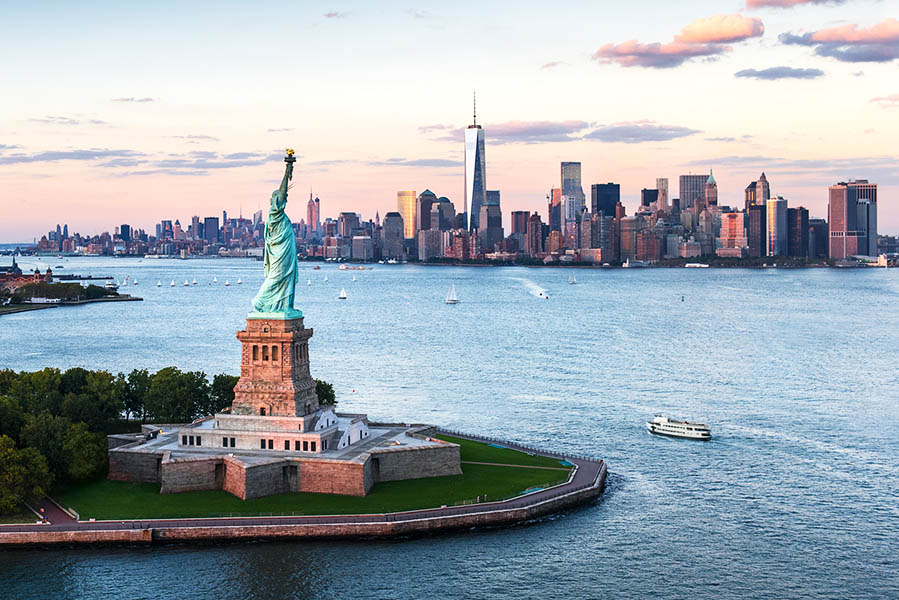 World-cup-2026-north-america-sightseeing-excursions-new-york-statue-liberty.jpg