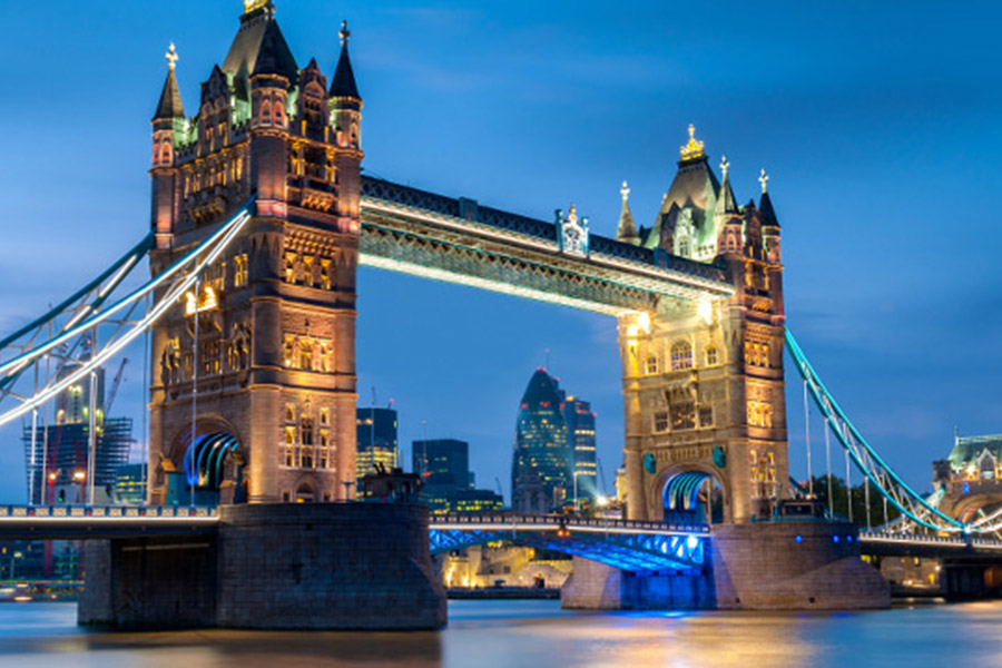 World-Cup-2022-host-country-London-England-tower-bridge-ticket-packages.jpg