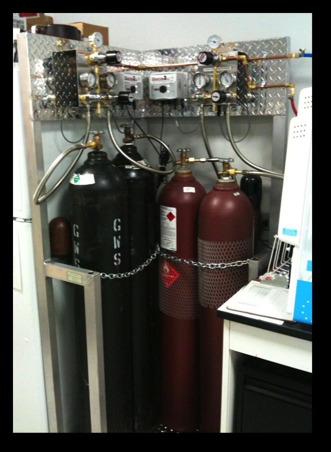 Compressed Gas Manifold Installation