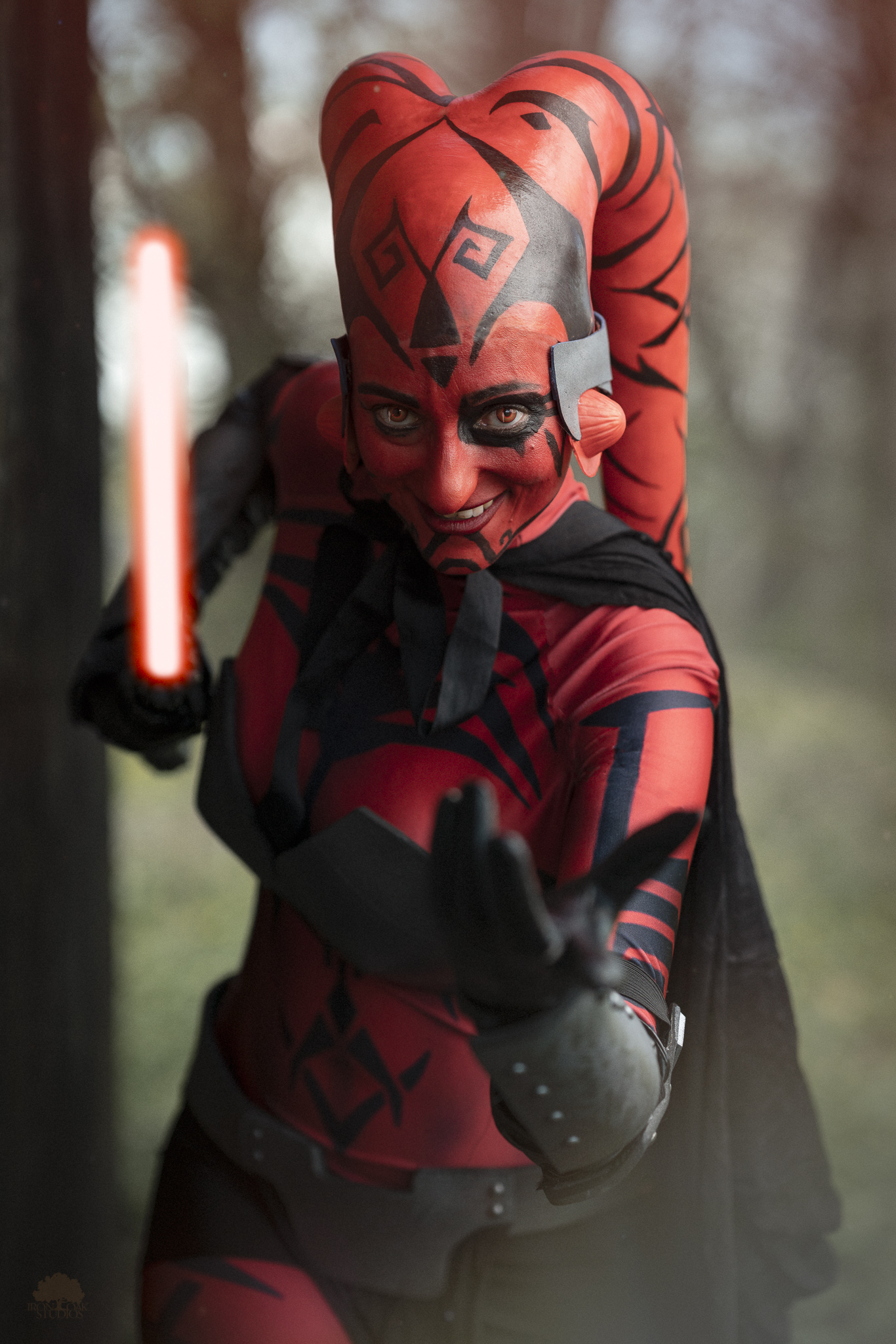 Phila-Comic-Con-2019-Darth-Talon-Iron-Oak-Studios-3.jpg