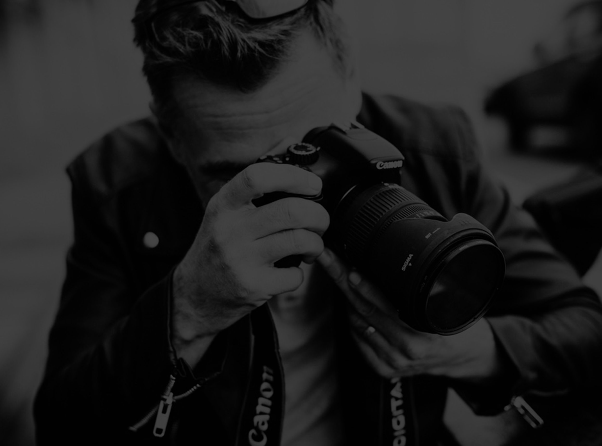 PHOTO/VIDEO -