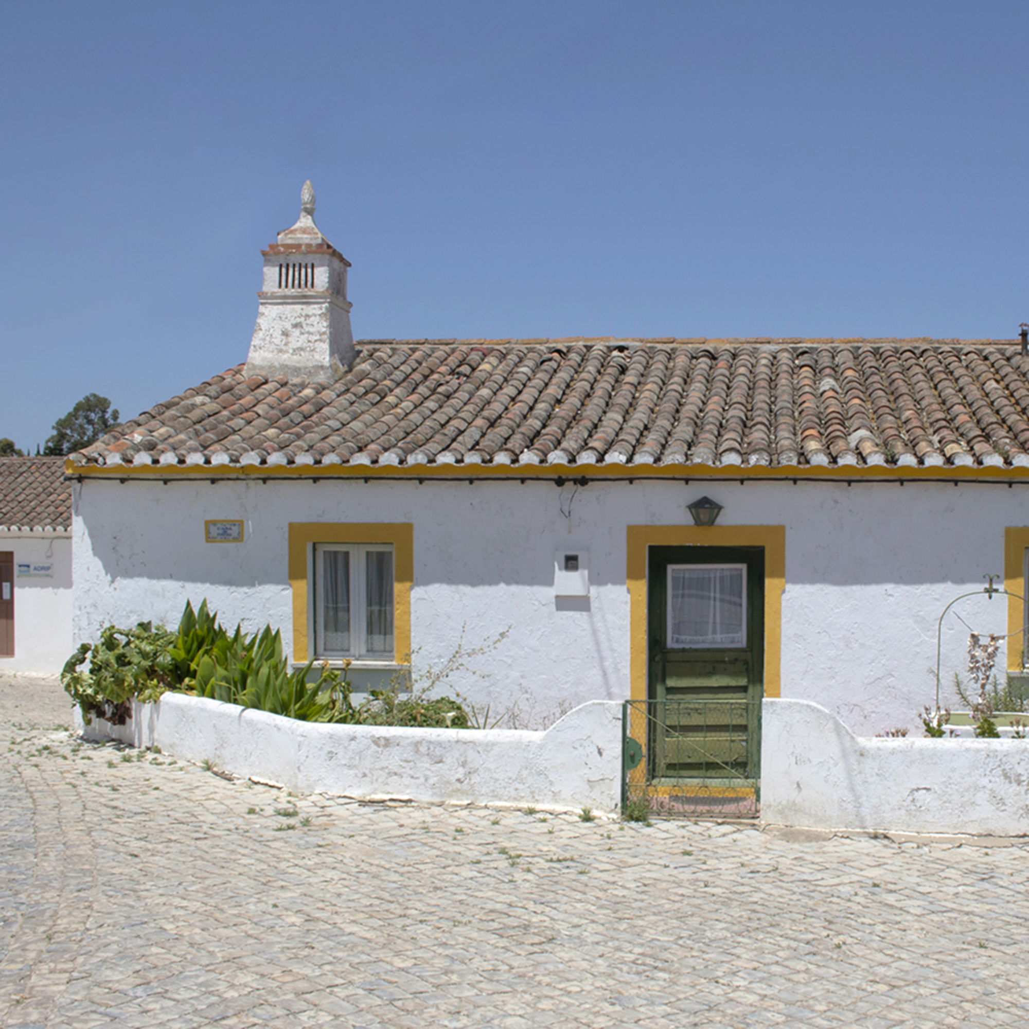 Whitewashed building in Algarve, Southern Portugal