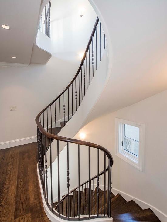 0de1066406afdfa1_6630-w550-h734-b0-p0--traditional-staircase.jpg