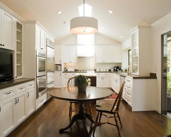e8b19bae043454a3_5686-w550-h440-b0-p0--transitional-kitchen.jpg