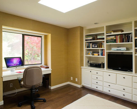 f63137ae043454a9_9120-w550-h440-b0-p0--transitional-home-office.jpg