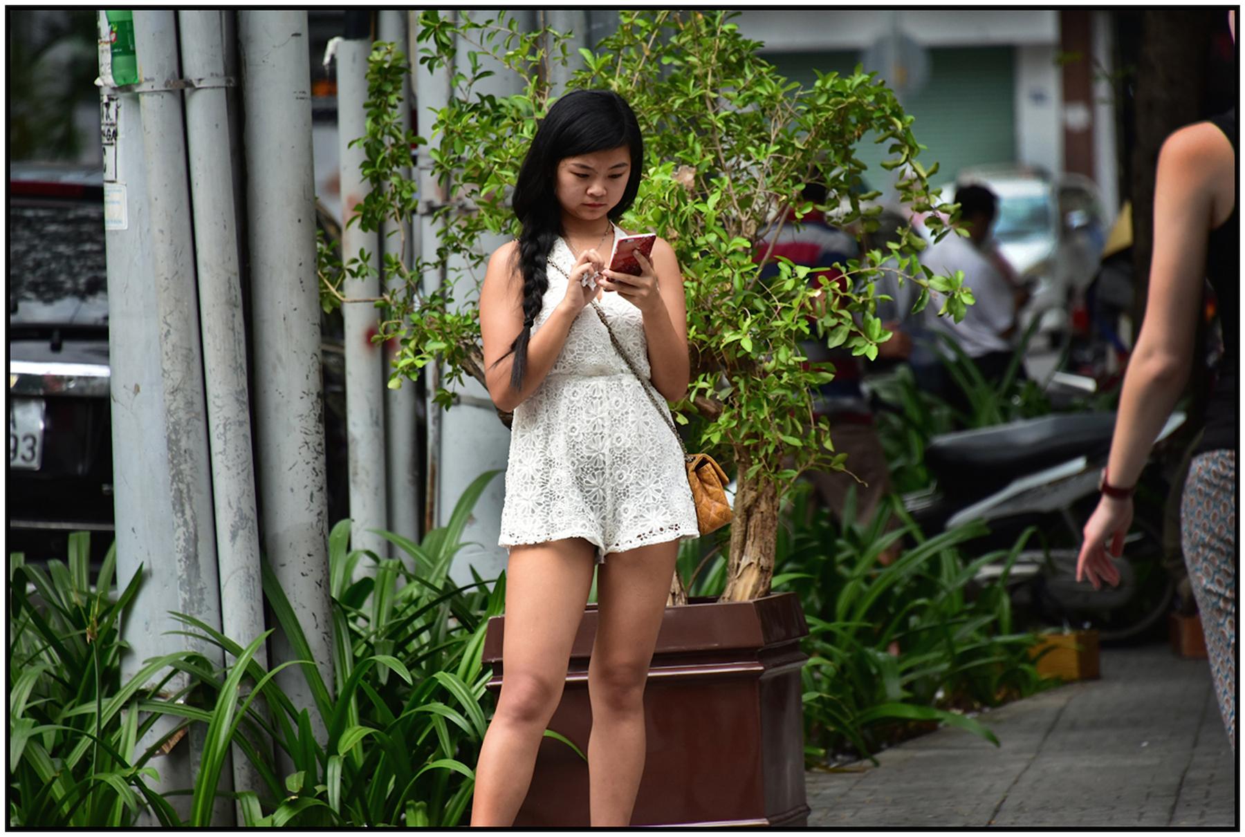 Prostitute, Saigon/HCMC, Jan. 2016. #0136
