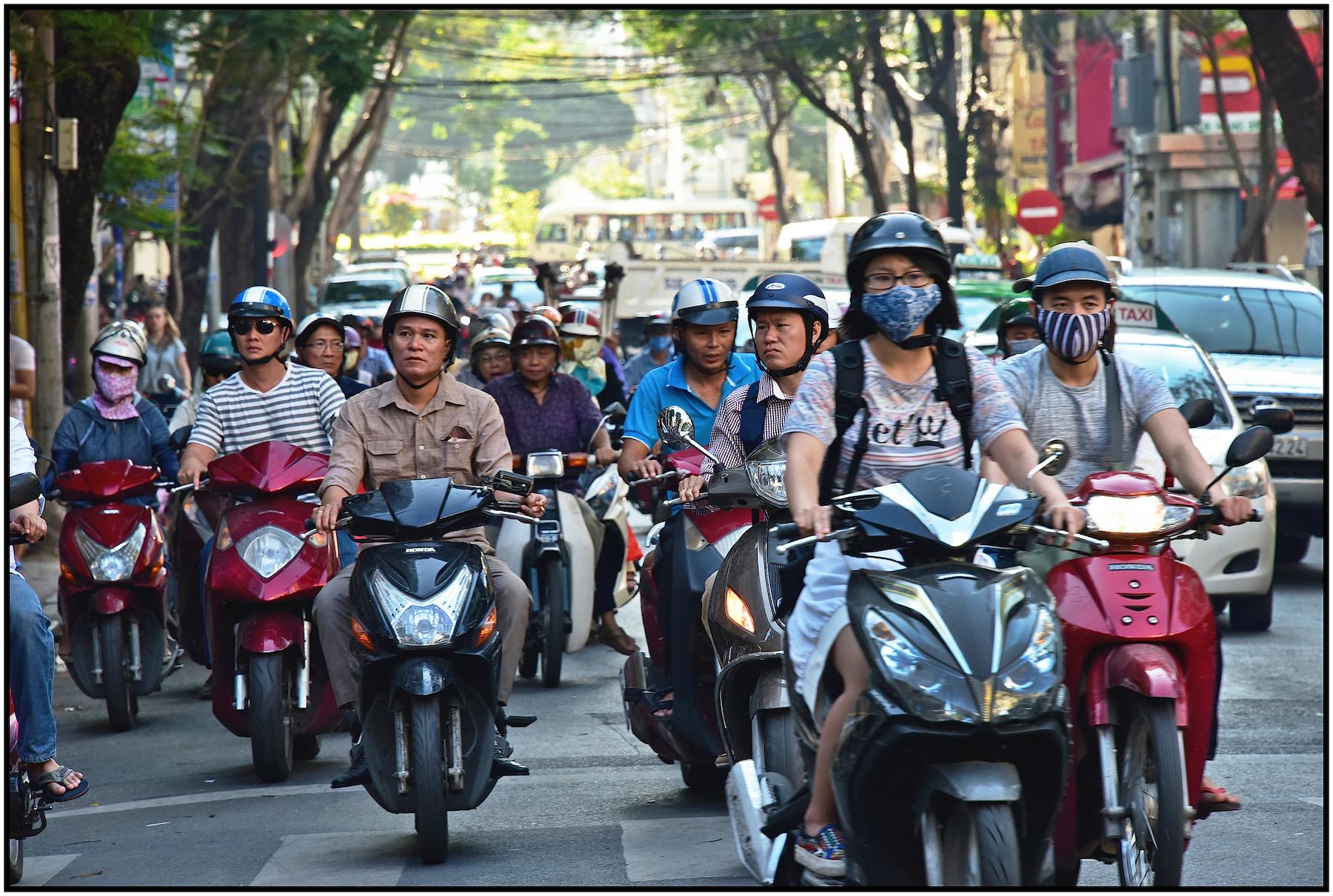 Heavy traffic, Saigon/HCMC, Dec.2015. #2912