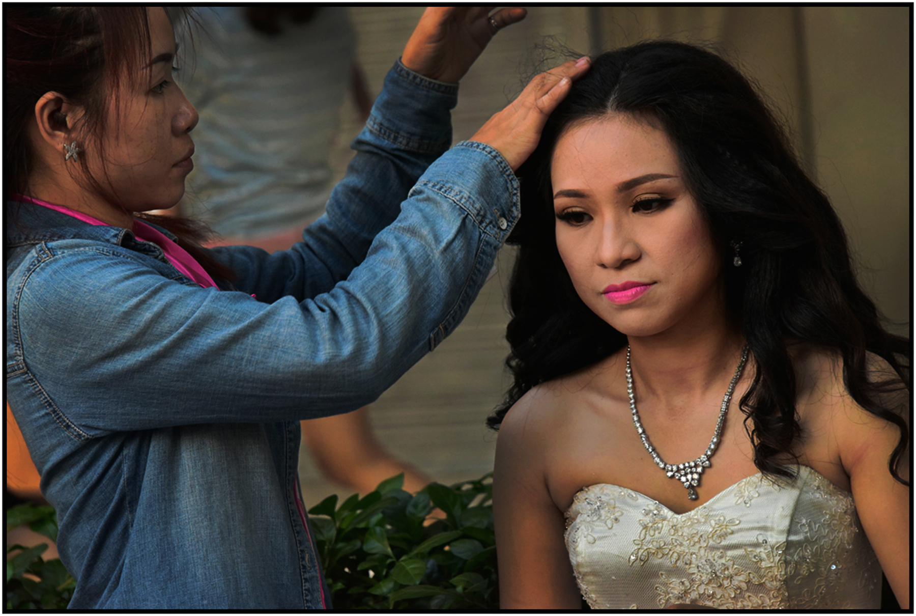 Preparation for wedding photography, Saigon/HCMC, Dec. 2015. #5259