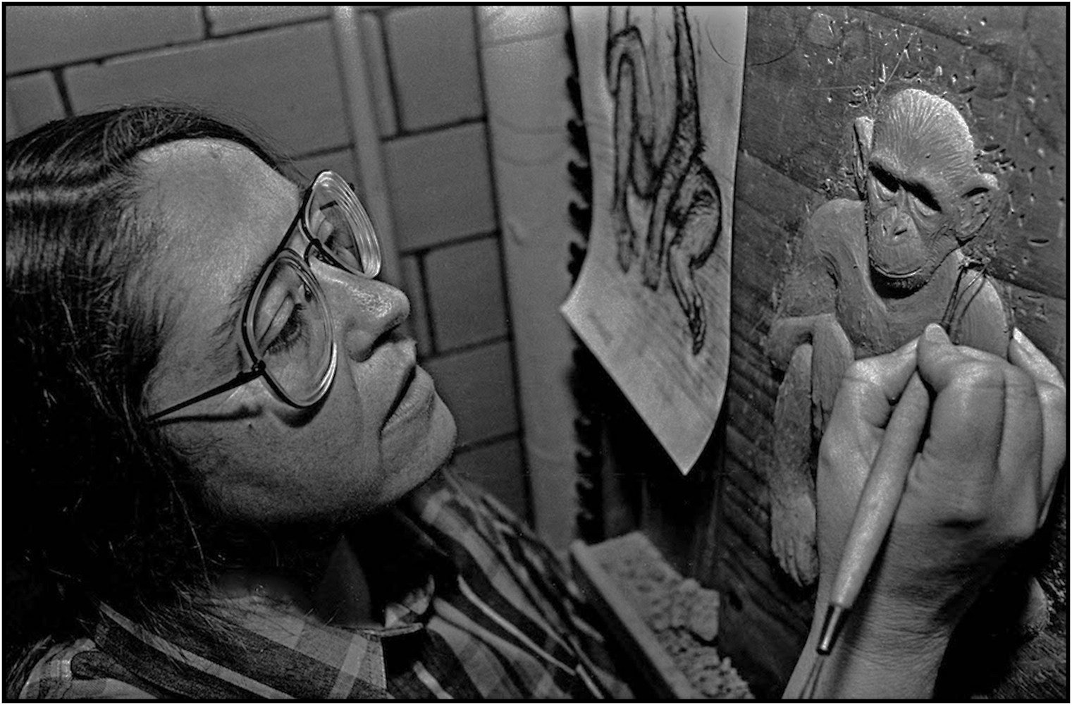 Joyce Cloughly of the Museum of Natural History works on her sculpture for display in the Hall of Human Biology, Manhattan.1993