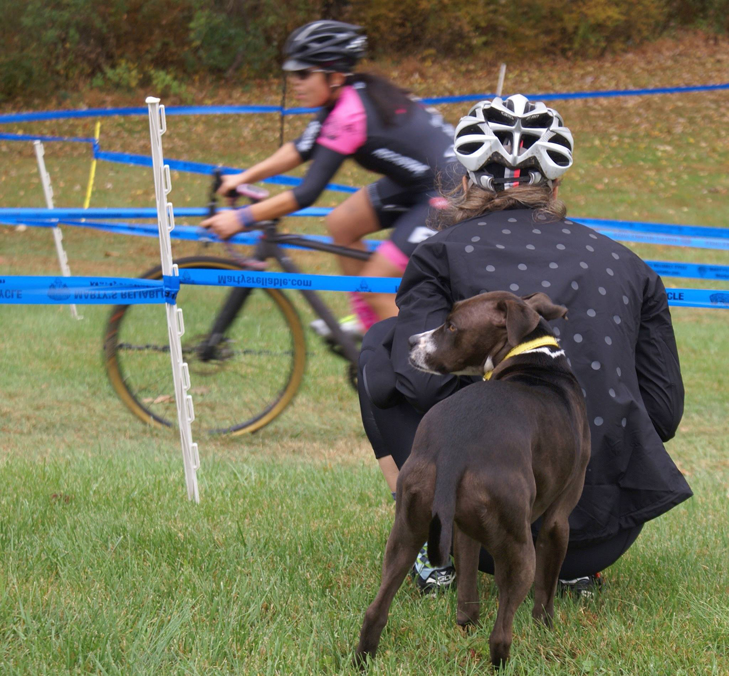 Coach Tara keeping an eye on a CRCA racer. Jessie (coach's pooch) is covering the action elsewhere.