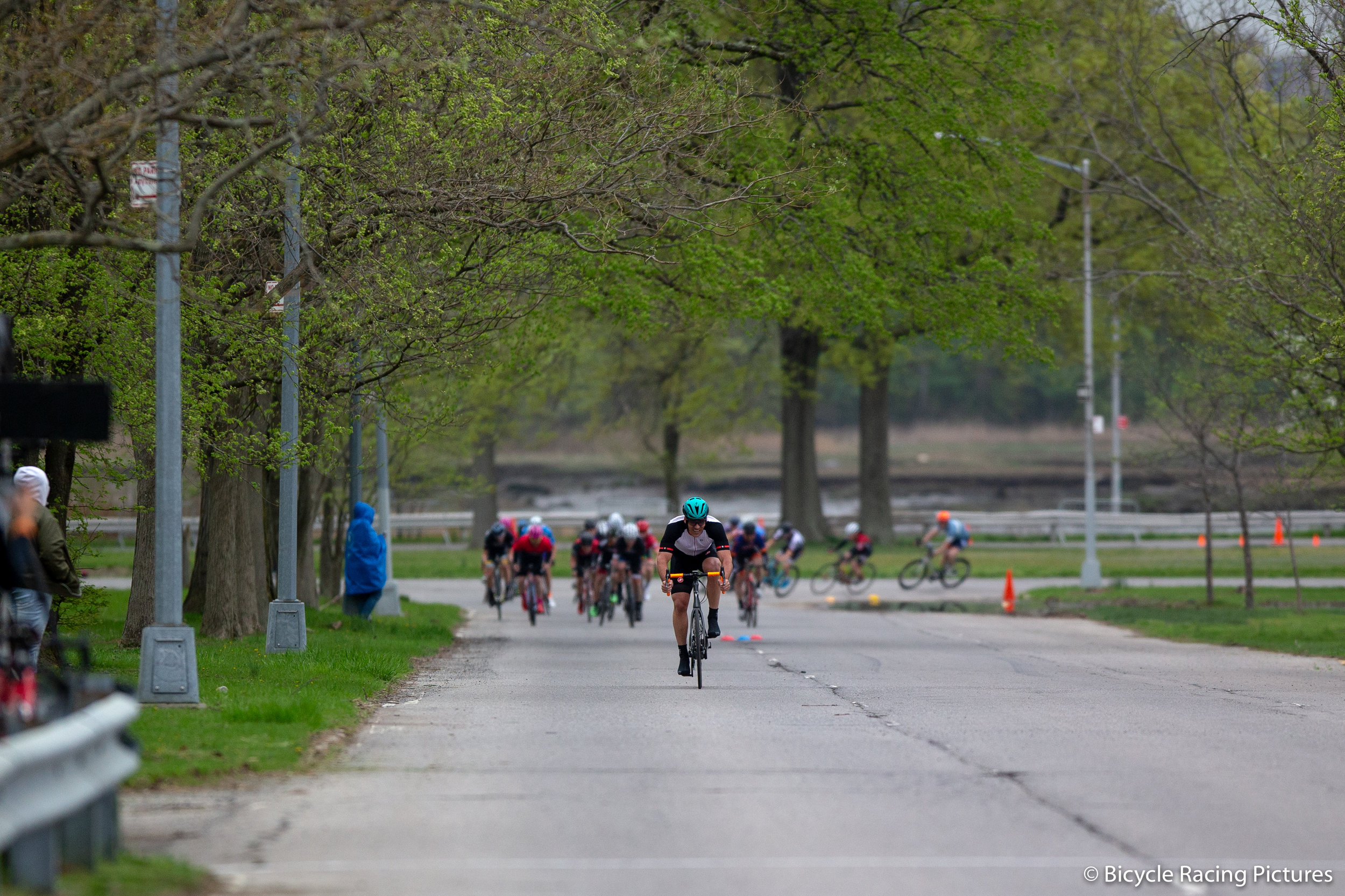 Racing at Orchard Beach. Photo courtesy of Bicycle Racing Pictures.