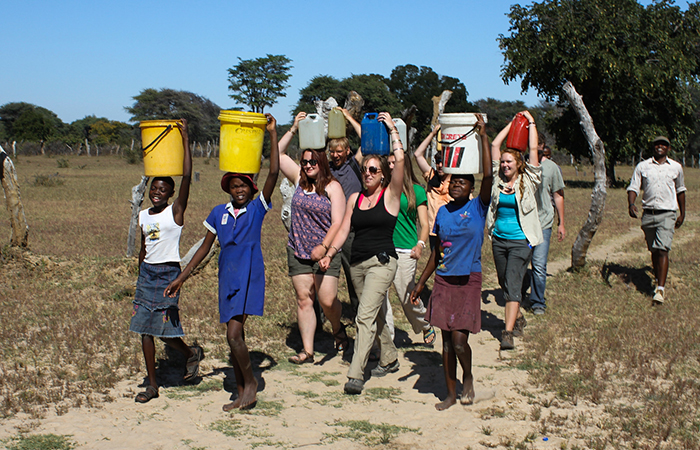 ATCF-water-for-hwange-school-kids-with-water-buckets-700x450px.jpg