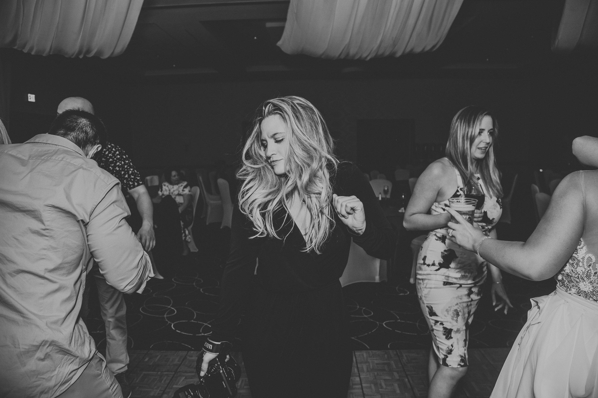 me_wedding_dancing-1.jpg