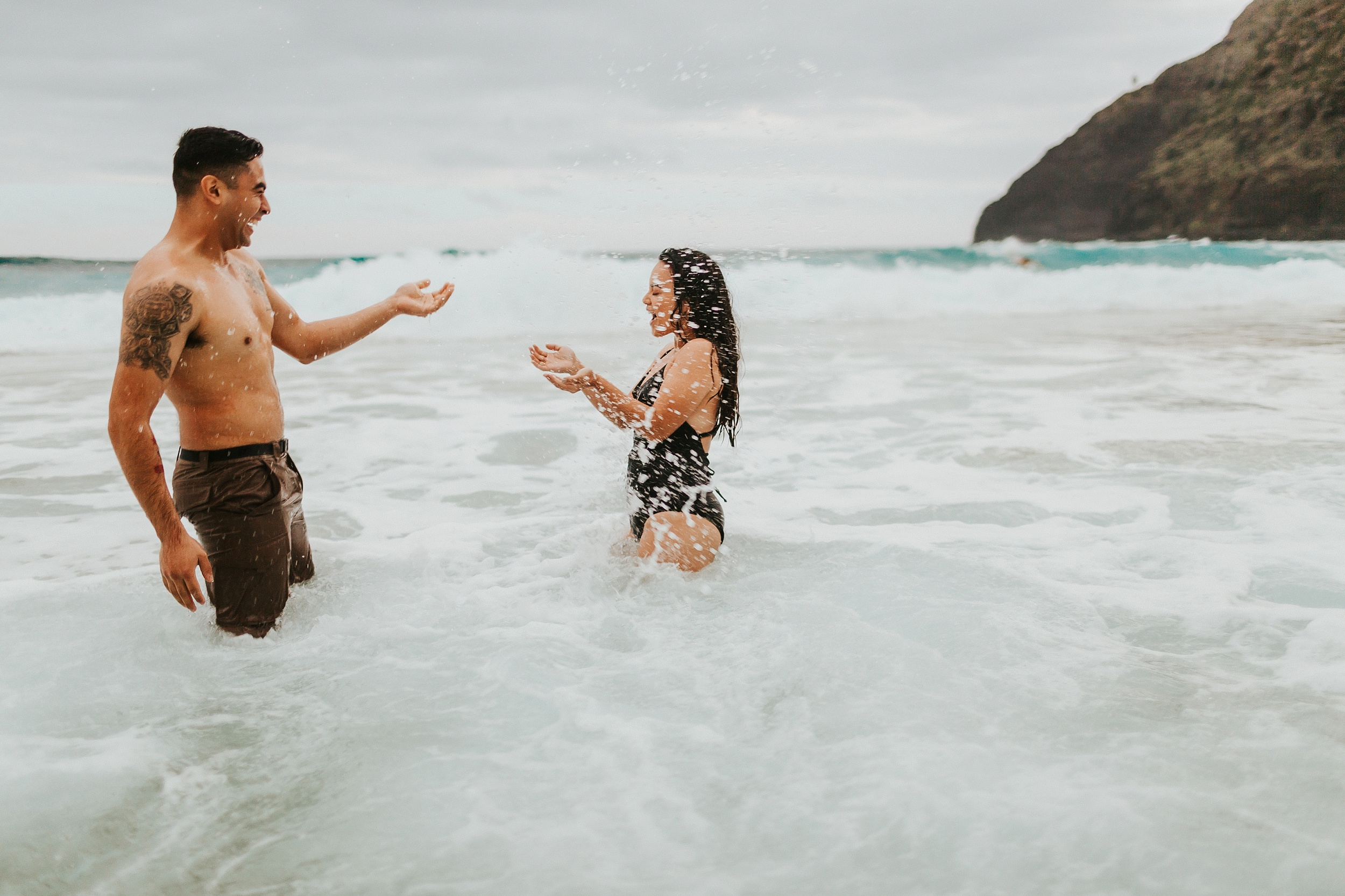 Jenize_Eduardo_Oahu_Hawaii_Couple_Session-32.jpg