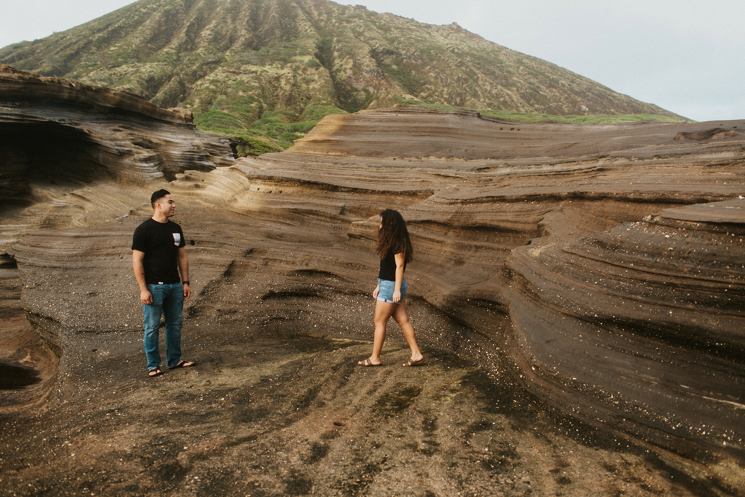 Jenize_Eduardo_Oahu_Hawaii_Couple_Session_Adventure_Second_Half-11.jpg