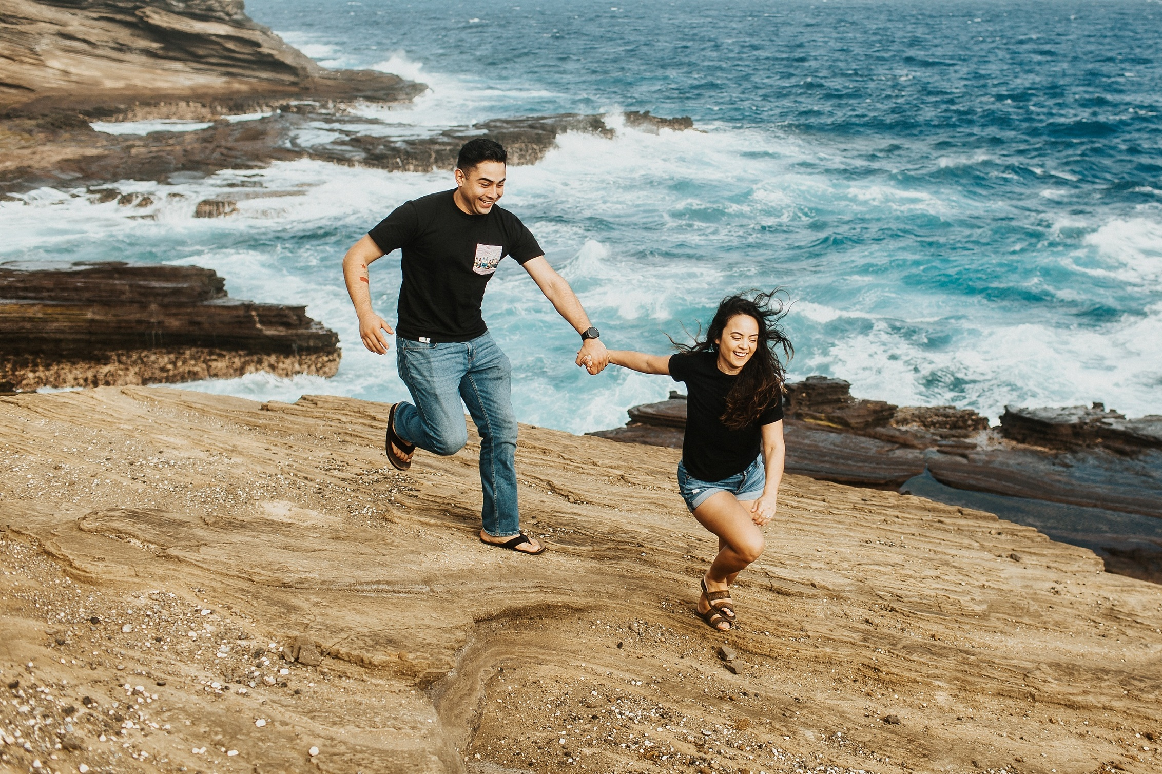Jenize_Eduardo_Oahu_Hawaii_Couple_Session-63.jpg
