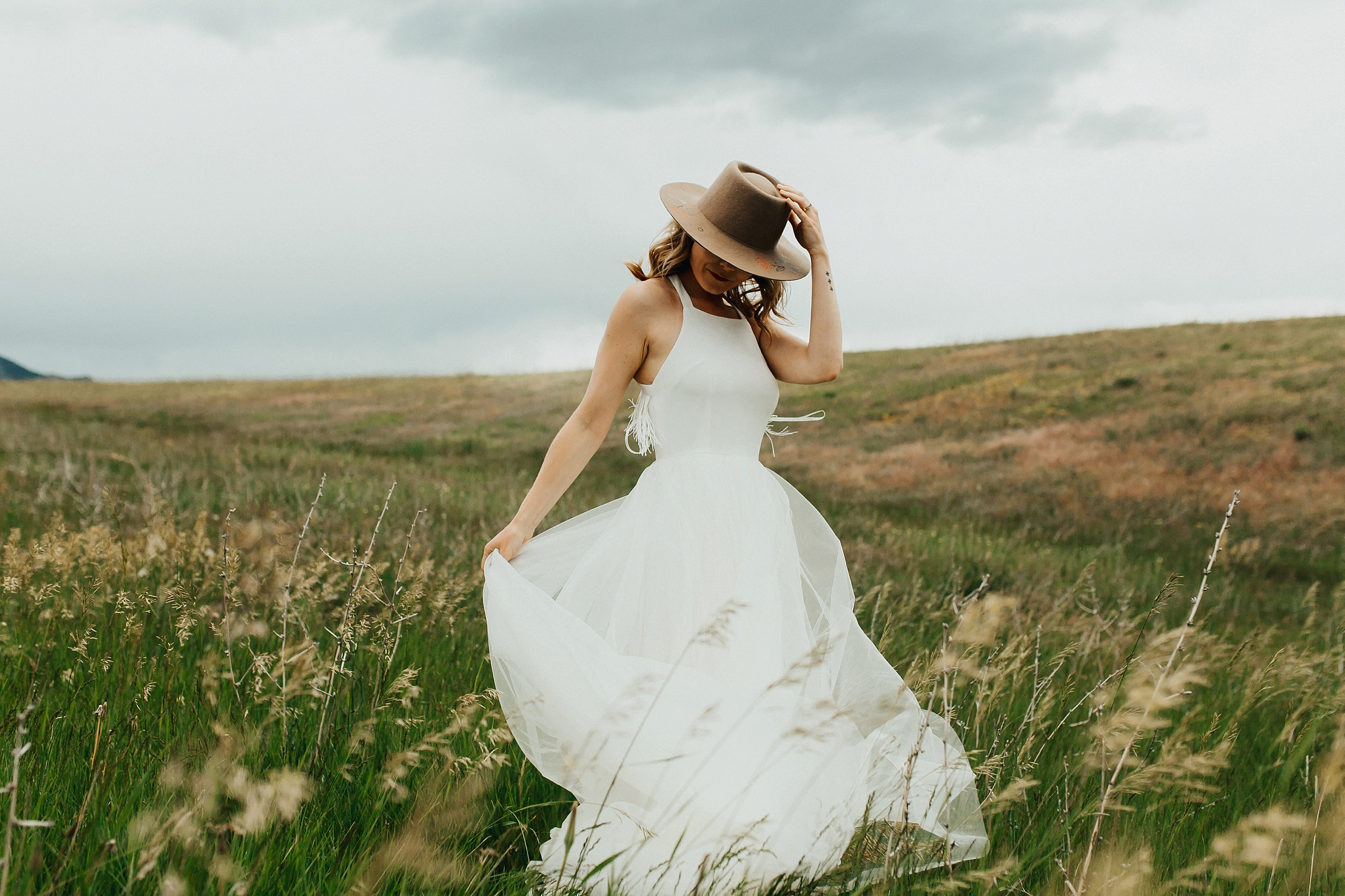 Boulder_Colorado_Elopement_Fringe_Boho_Mountains-2.jpg